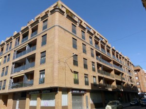 75 viviendas en Avda. del Cinca, 44 de Barbastro.